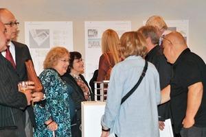 Zahlreiche Gäste waren gekommen, um die prämierten Arbeiten zu sehen