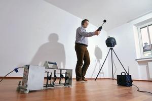 Nach Abschluss der Trockenbauarbeiten werden durch ein Akustikbüro Luft- und Trittschall gemessen<br />