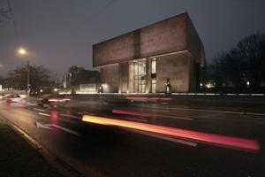 Kunsthalle Bielefeld, Architekt Philip Johnson. Aktuell mit Arbeiten von Dan Flavin