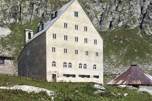 St. Gotthard Hospiz, Südansicht / Architekten Miller &amp; Maranta<br />