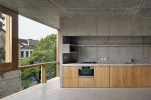 Die Küche im 4. Obergeschoss: Die Architekten gaben keine Schalungspläne vor,...