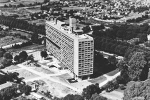 Le Corbusier: Unité d'Habitation, Marseille (1952)<br />