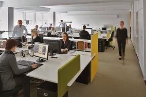 2005 begannen Turkali Architekten mit dem Umbau des 4. Obergeschosses. Sie strukturierten jedes Geschoss nach den Bedürfnissen der jeweiligen Mieter. Auf der eigenen Etage bevorzugen die Architekten ein Großraumbüro