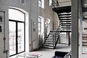 Das Erdgeschoss bietet jungen Künstlern Ausstellungsfläche für ihre Arbeiten