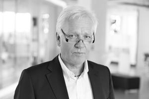 """Autoren<br />Univ. Prof. Dr. Ing. M. Norbert Fisch, Leiter des Instituts für Gebäude- und Solartechnik (IGS) der Technischen Universität Braunschweig. Daneben ist er Direktor des Ingenieurbüros EGS-plan sowie des Steinbeis-Transferzentrums Energie-, Gebäude- und Solartechnik in Stuttgart.<br />Mathias Schlosser leitet die Arbeitsgruppe """"Nachhaltige Energieversorgung"""" am IGS der Technischen Universität Braunschweig. Gleichzeitig ist er stellv. SU-Leiter des Steinbeis-Innovationszentrums energie+.<br />Thomas Wilken ist stellvertretender Institutsleiter des IGS an der Technischen Universität Braunschweig und Prokurist des Ingenieurbüros energydesign in Braunschweig<br />.<br />Informationen unter: <a href=""""http://www.tu-braunschweig.de/igs"""" target=""""_blank"""">www.tu-braunschweig.de/igs</a>"""
