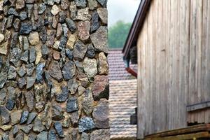 Holz, Stein, Dämmbeton, Tonziegel ... alles ist möglich, eins ist zuwenig