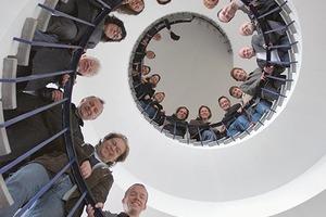 """<div class=""""fliesstext_vita""""><strong>Bob Gysin + Partner AG Architekten ETH SIA BSA, Zürich/CH</strong><br />www.bgp.ch<br />&nbsp;<br />BGP wurde 1976 in Zürich/CH gegründet und firmiert seit 1997 als Aktiengesellschaft. Bob Gysin, Rudolf Trachsel und Marco Giuliani sind gleichzeitig Partner und Geschäftsführer des Architekturbüros. BGP steht für zukunftsgerichtete Architektur. Kreativität und Innovation sind für das Büro dabei ebenso wichtig wie die integrale Betrachtung einer Aufgabe auf allen Ebenen der Nachhaltigkeit – sozial, ökologisch, energetisch und wirtschaftlich. Das Ziel ist die ganzheitliche Erfassung des Lebenszyklus in architektonisch hochwertigen und nachhaltigen Bauten.</div>"""
