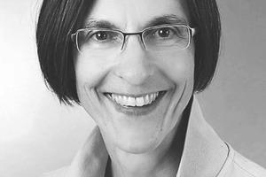 """<div class=""""autor_linie""""></div><div class=""""dachzeile"""">Autorin</div><div class=""""autor_linie""""></div><div class=""""fliesstext_vita""""><span class=""""ueberschrift_hervorgehoben"""">Konstanze Ziemke-Jerrentrup</span> studierte Architektur und war in Architekturbüros in Düsseldorf und Essen tätig. 1991 übernahm sie zunächst die Presse- und Öffentlichkeitsarbeit eines Interessenverbandes der Baustoffindustrie und später auch die Techni-sche Geschäftsführung. Seit 2000 schreibt sie als Redakteurin und freie Fachjournalistin für Unternehmen und Verbände in den Bereichen Architektur und Bauwesen.</div><div class=""""autor_linie""""></div><div class=""""fliesstext_vita"""">Informationen unter: www.beton.org</div>"""