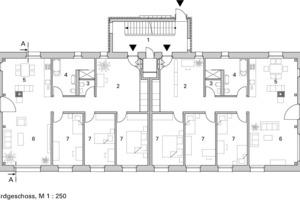 Legende Grundrisse  1Treppenhaus 2Eingang, Arbeiten 3WC 4Bad 5Küche, Essen 6Wohnen 7Zimmer 8Balkon