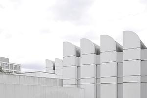 Ingenieurbaukunst? Das Bauhaus-Archiv, Berlin, wird zur Pressemitteilung zur Auslobung des Deutschen Ingenieurbaupreises gezeigt. Wir finden das auch gut!