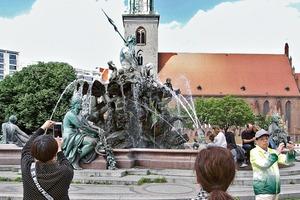Der Neptunbrunnen in Berlin soll mit Bundesmitteln zurückbefördert werden
