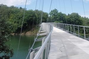 Victor-Neels-Brücke über den Urftsee im Nationalpark Eifel