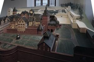 Schlossgesprächskulisse und -ort: Heidelberger Schloss (historisches Modell)