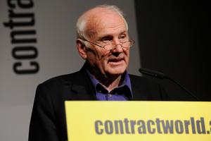 Preisverleihung contractworld.award 2010 Carlo Weber, Vorsitzender der Jury