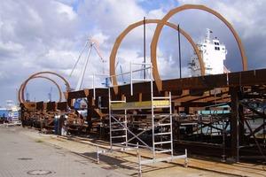 Die Konstruktion konnte im nahegelegenen Stahlwerk gefertigt werden, was den Transport vereinfachte<br />