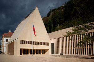 1. Preis: Landesforum und Landesparlament des Fürstentums Liechtenstein - Hansjörg Göritz Architekturstudio
