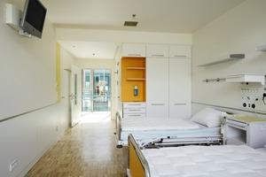 Alle Räume und Flure für Patienten und Personal sind tagesbelichtet<br />