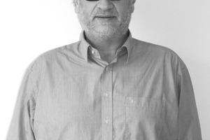"<div class=""fliesstext_vita""><strong>Felix+Jonas Architekten GmbH</strong><br />Manfred Felix</div><div class=""fliesstext_vita""><br />1958geboren in München<br />1984Architekturdiplom, TU München<br />1984 – 1989Mitarbeit bei Prof. Dr. H. Gebhard, München<br />1989 – 1990Wiss. Assistent an der TU München bei Prof. F. Kurrent<br />Seit 1990Felix+Jonas Architekten GmbH, </div><div class=""fliesstext_vita"">München mit Ulrich Jonas</div>"