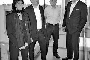 """<div class=""""fliesstext_vita"""">v.l.n.r.: Antje Naumann, Christoph Rabe, Matthias Gebhardt, Bert Hoffmann</div><div class=""""fliesstext_vita""""></div><div class=""""fliesstext_vita"""">Die <strong>Bauconzept<sup>® </sup></strong>Planungsgesellschaft mbH gründete sich aus dem 1991 entstandenen Planungsbüro Rabe in Lichtenstein/Sachsen. Mit ca. 150 Mitarbeitern realisiert das Architektur- und Ingenieurbüro deutschlandweit Projekte. Der Schwerpunkt liegt auf dem Bau von öffentlichen Gebäuden, der Sanierung sowie dem Gewerbe- und Industriebau. Dabei reicht das Leistungsspektrum vom Entwurf über die Tragwerksplanung und die Konzeption der technischen Gebäudeausrüstung bis hin zur Stadtplanung, der Landschaftsarchitektur und dem Design. </div>"""