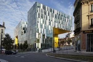 LA CITÉ DES AFFAIRES OFFICE BUILDING, Saint Eteinne, Frankreich  Architekten: Manuelle Gautrand Architecture