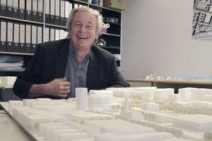Stephan Braunfels, hier in seinem Büro, mit dem Kulturforum befasst