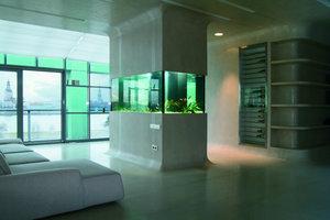 Der Panoramablick erklärt die Entwurfsidee: der Fluss Düna direkt vor dem Fenster inspirierte zu fließenden Formen