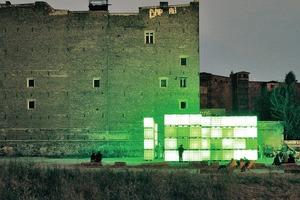 Undogmatisch neue Strukturen schaffen – Kubik, ein temporärer Open Air Licht Klub von modularbeat/Münster erhielt einen Sonderpreis beim DEUBAU Preis 2010<br /><br />