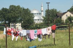 """Friedliche Koexistenz? Die neue """"Merkez-Moschee"""" in Duisburg-Marxloh steht dafür; wie lange?"""