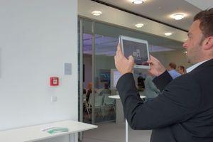 Nützliche Entscheidungshilfe: virtuelle Objekte werden nahtlos in ein reales Bild eingeblendet.