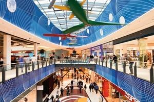 """Loop 5 ist eines der ersten themenbezogenen Shopping Malls in Deutschland. Das Design des Interieurs stand ganz unter dem Motto """"Luftfahrt""""<br />"""