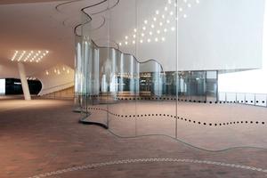 37m über dem HafenCity-Boden: die Plaza, öffentlich zugänglicher Ort mit 360°-Rundumsicht auf Hafen und Stadt