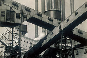 Ford Plant, River Rouge, Criss-Crossed Conveyors, 1927