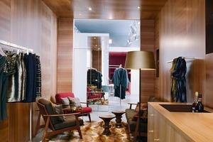 Die gezielte Verwendung von neuen und Vintage-Möbeln macht die einzelnen Themenwelten besonders wohnlich und unterstreicht ihre Wirkung<br />