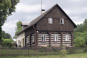 Umgebindehäuser im tschechischen Teil des Dreiländerecks Polen-Tschechien-Deutschland