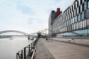 Kap am Südkai (KSP Engel und Zimmermann GmbH) – Auftakt des Rheinauhafens, Büro und Showrooms