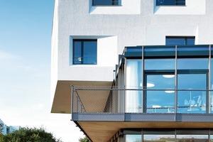 Durch die akzentuierte Oberfläche gewinnt die WDVS-Fassade eine Qualität, die üblicherweise erst gar nicht angestrebt wird; hier schon<br />