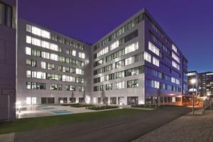 """Der Bürokomplex Auron in München, ausgeführt mit einer Betonoberflächenaktivierung, ist mit """"Gold"""" der Deutschen Gesellschaft für nachhaltiges Bauen ausgezeichnet worden"""