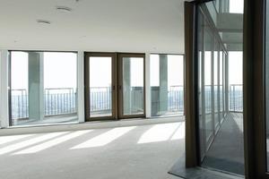 """<div class=""""13.6 Bildunterschrift"""">In den Wohnungen wurde beidseitig beplankter Gipskarton mit Flachskern als Trennwand verwendet. Die Trennwände IW 200 haben einen kleinen Querschnitt. Dennoch sind sie stabil und schall isolierend</div>"""