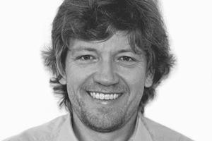 """<div class=""""fliesstext_vita""""><strong>Klaus Bode, Direktor – BDSP</strong><br />1987 Diplom an der Universität Bath/GB; Hon FRIBA, BSc (Hons) Building Environmental Services Engineering 1987-1993 Projektingenieur bei J. Roger Preston &amp; Partners (RPP)<br />1993-1995 Managing Direktor für RP+K und Verantwortlicher für die Betreuung der deutschen Projekte<br />1995 Bürogründung 'BDSP Partnership' zusammen mit Ian Duncombe, Sinisa Stankovic und John Perry<br />Seit 2010 Direktor des Südamerikabüros BDSP in São Paulo/BR<br /></div>"""