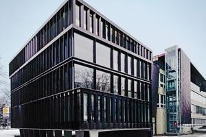Im 4.Obergeschoss kragt der Baukörper (hinterer Teil) in Richtung Doormannsweg aus<br />