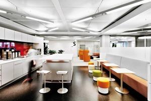 unten: Das DB-Bürokonzept zeichnet sich durch modernes Design aus. Die Büromöbel entsprechen dem neuesten Stand der Entwicklungen und sind qualitativ hochwertig<br /><br />