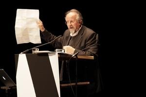 Werner Oechslin glänzt wie immer lautmalerisch und phantasievoll mit seiner Abhandlung zu Theorie und Geschichte