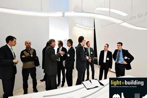 Anschauen, Austauschen, Neues erfahren: die Light+Building 2010<br />