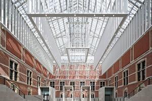 Rijksmuseum, eine Hälfte des Atriums