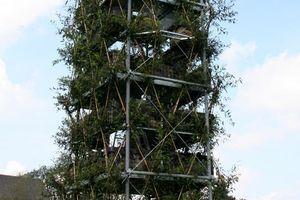 Der Turm im September 2009