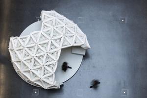 Der Pavillon besteht aus modular zusammengesetzten, teilgeschäumten Textilien
