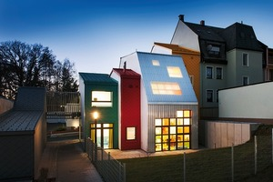 """Das in 2012 in Selb realisierte E9-Siegerprojekt """"Haus der Tagesmütter""""Architekten: Gutiérrez Delafuente Arquitectos, Alcobendas und TallerDe2 Arquitectos, beide Madrid"""