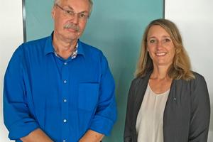 Präsident Prof. Dr. Bosselmann-Cyan mit der neuen Professorin Prof. Dipl.-Ing. Specht