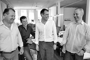 """<div class=""""fliesstext_vita""""><strong>Behnisch Architekten, München</strong><br />www.behnisch.com<br />&nbsp;<br />Behnisch Architekten, 1989 als Zweigbüro von Behnisch &amp; Partner gegründet. 1991 wurde es wirtschaftlich und in seiner Partnerstruktur eigenständig. Während Günter Behnisch bis 2005 sein Büro Behnisch &amp; Partner führte, entstand aus dem als """"Stadtbüro"""" bezeichneten Zweigbüro, in unterschiedlichen Partnerschaften, das seit 2005 Behnisch Architekten genannte Architekturbüro. 1999 wurde ein weiteres Büro in Los Angeles/US (bis 2011), 2006 in Boston/US und 2009 in München gegründet. Die drei Büros werden von Stefan Behnisch (l.) mit jeweils einem Partner geführt, Robert Hösle (München, 2.v.l.), Robert Matthew Noblett (Boston, r.) und Stefan Rappold (Stuttgart, 2.v.r.). </div>"""