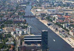 """Themenfeld """"Berlin 2010, Stadtbrachen: Potenziale mit Zukunft"""": Östlicher Spreeraum: Osthafen,"""